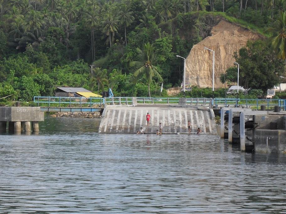 Pembangunan Pelabuhan Amurang - Sulut