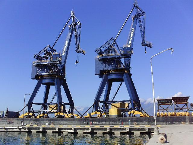 Pembangunan Pelabuhan Pantoloan - Sulteng