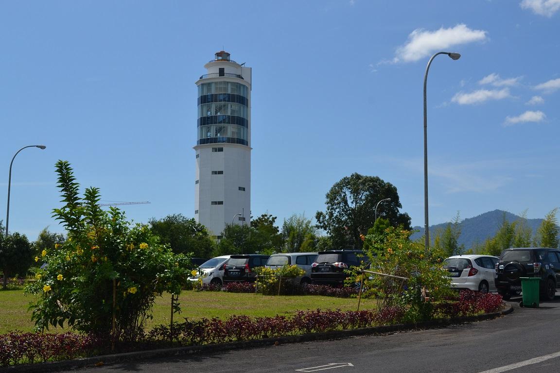 Pembangunan Menara Suar Peninsula Manado - Sulut